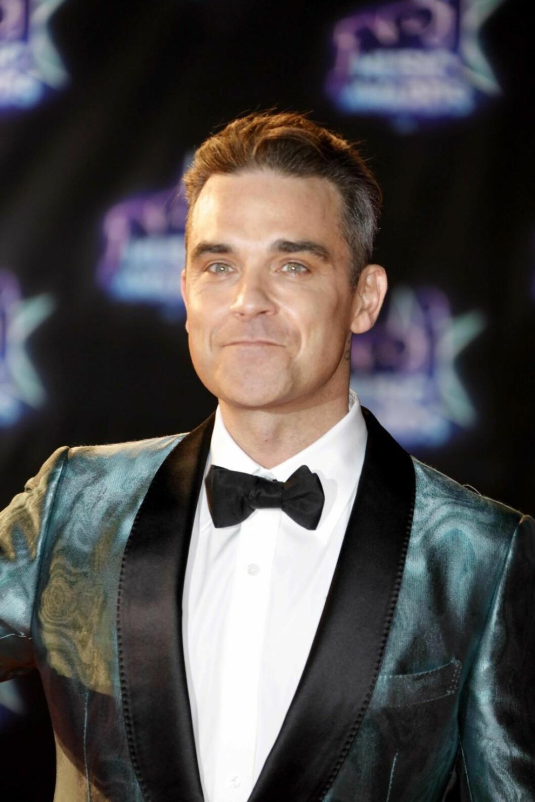 November 13, 2016 - Cannes, France - Robbie Williams - 18ème NRJ Music Awards au Palais des Festivals à Cannes, France, le 12 Novembre 2016. # SOIREE 'NRJ MUSIC AWARDS 2016' AU PALAIS DES FESTIVALS A CANNES (Credit Image: © Visual via ZUMA Press) (c) Zumapress / IBL