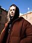 Ana Diaz i brun jacka