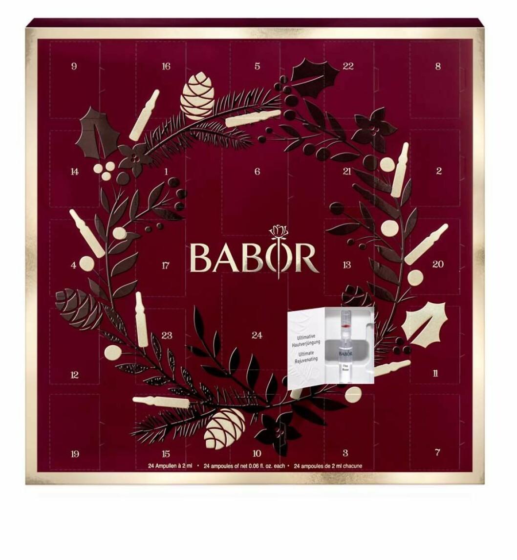 Röd julkalender från babor
