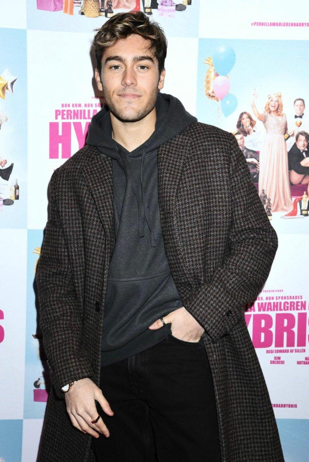 Benjamin Ingrosso på röda mattan för Hybris