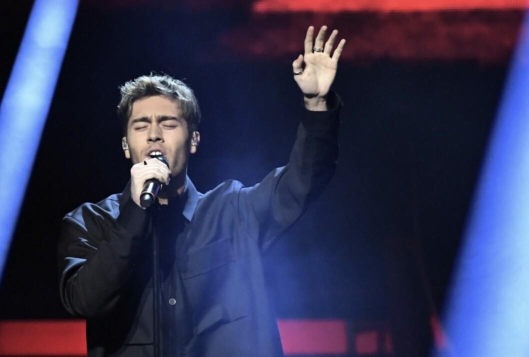 Benjamin Ingrosso sjunger