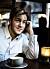Benjamin Ingrosso fikar i randig skjorta