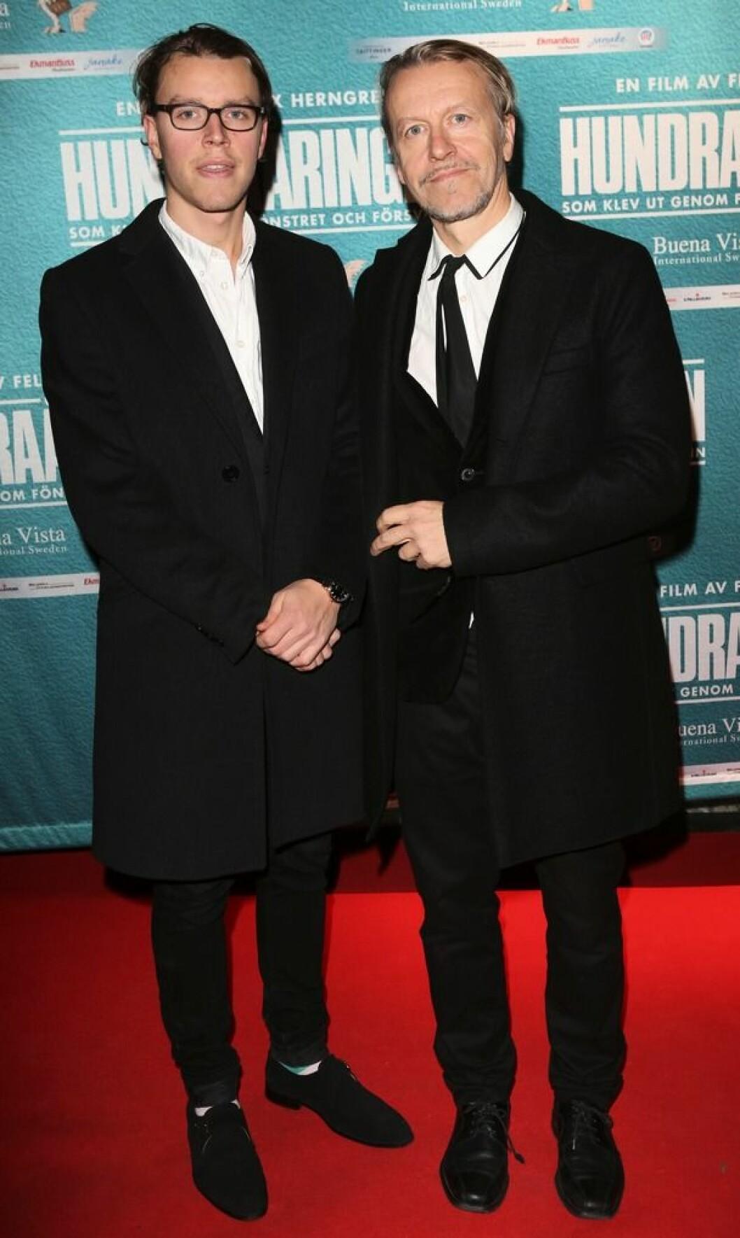Sigge Billgren med pappa Ernst Billgren på röda mattan