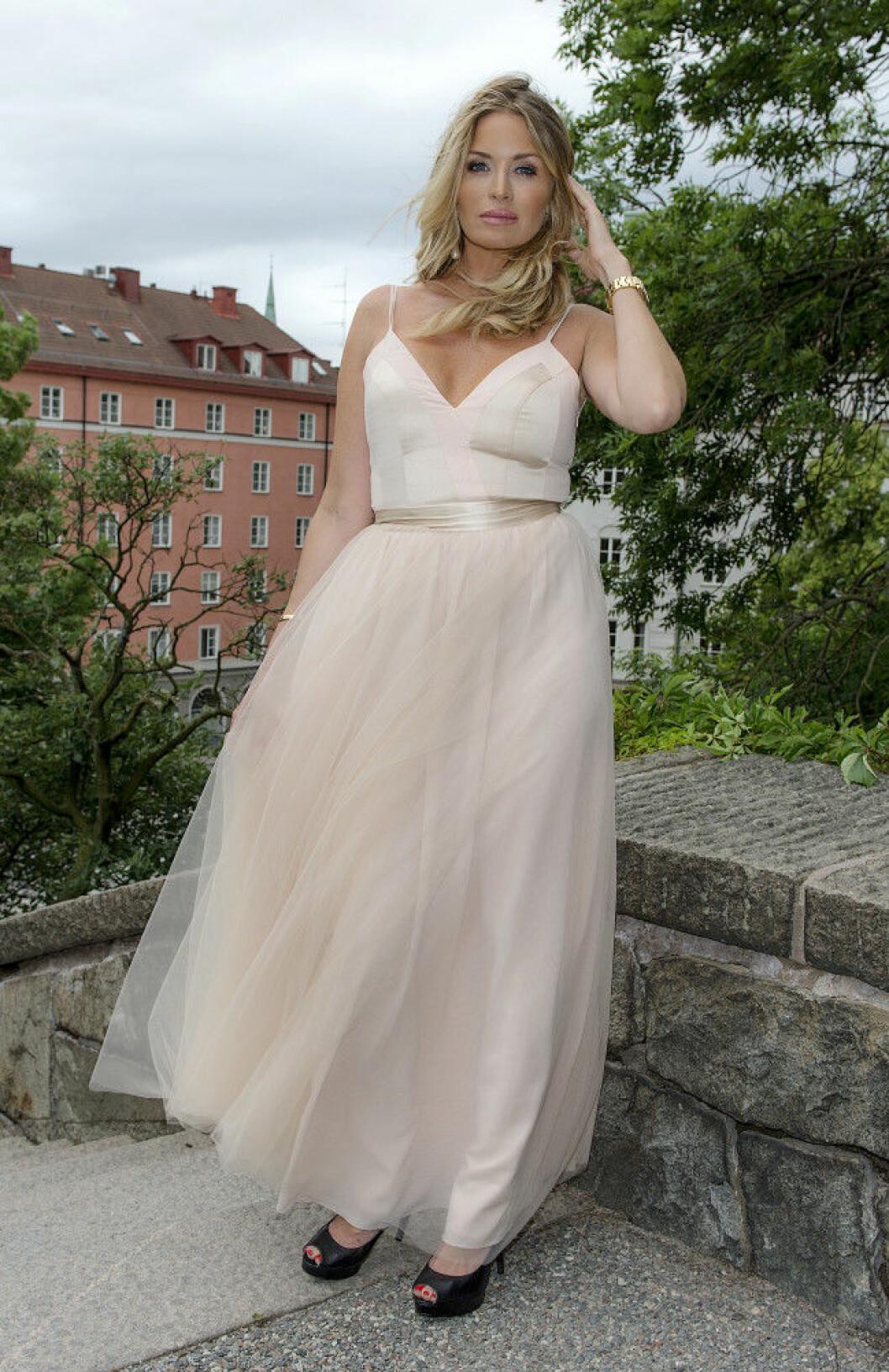 Carolina Gynning Bobby Oduncus och Jimi Bennets bröllop på Engelbrektskyrkan, Stockholm 16-07-02 Foto ©Eero Hannukainen EEROBILD AB IBL *** Local Caption *** 06586431