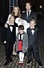 Charlotte Perrelli tillsammans med maken Anders Jensen, sönerna Angelo Perrelli och Alessio Perrelli och Anders dotter Izabella på Adrian Romeo Perrelli-Jensens dop.