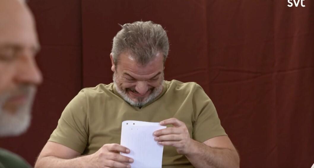 Dragomir Mrsic skrattar