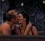 Elias Carlsson kysser i Kärleken flyttar in