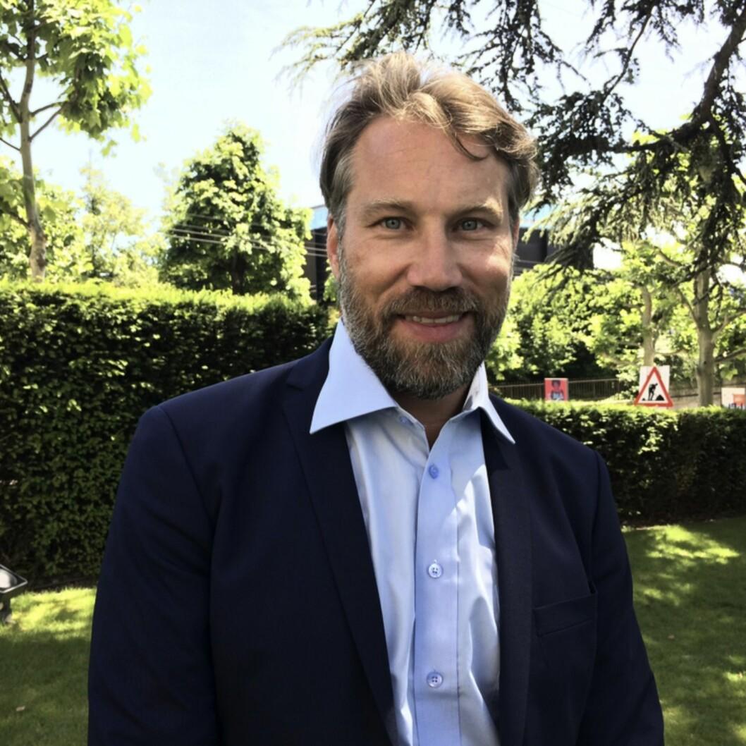 Peter Foppa Forsberg i kostym