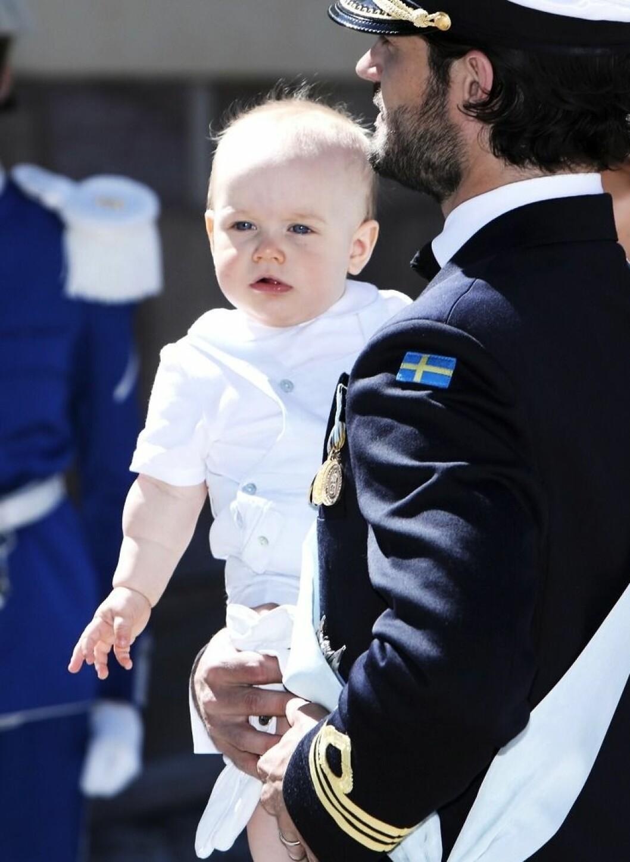 Prins Gabriel med pappa prins Carl Philip