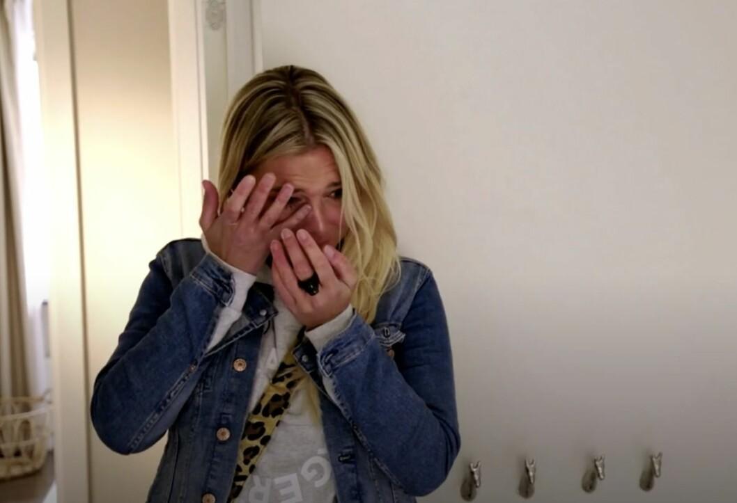 Hannah Graaf blir känslosam i Anders knackar på.