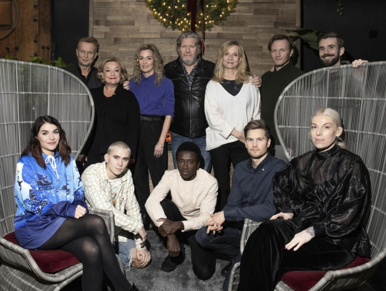 Hjem til jul skådespelare