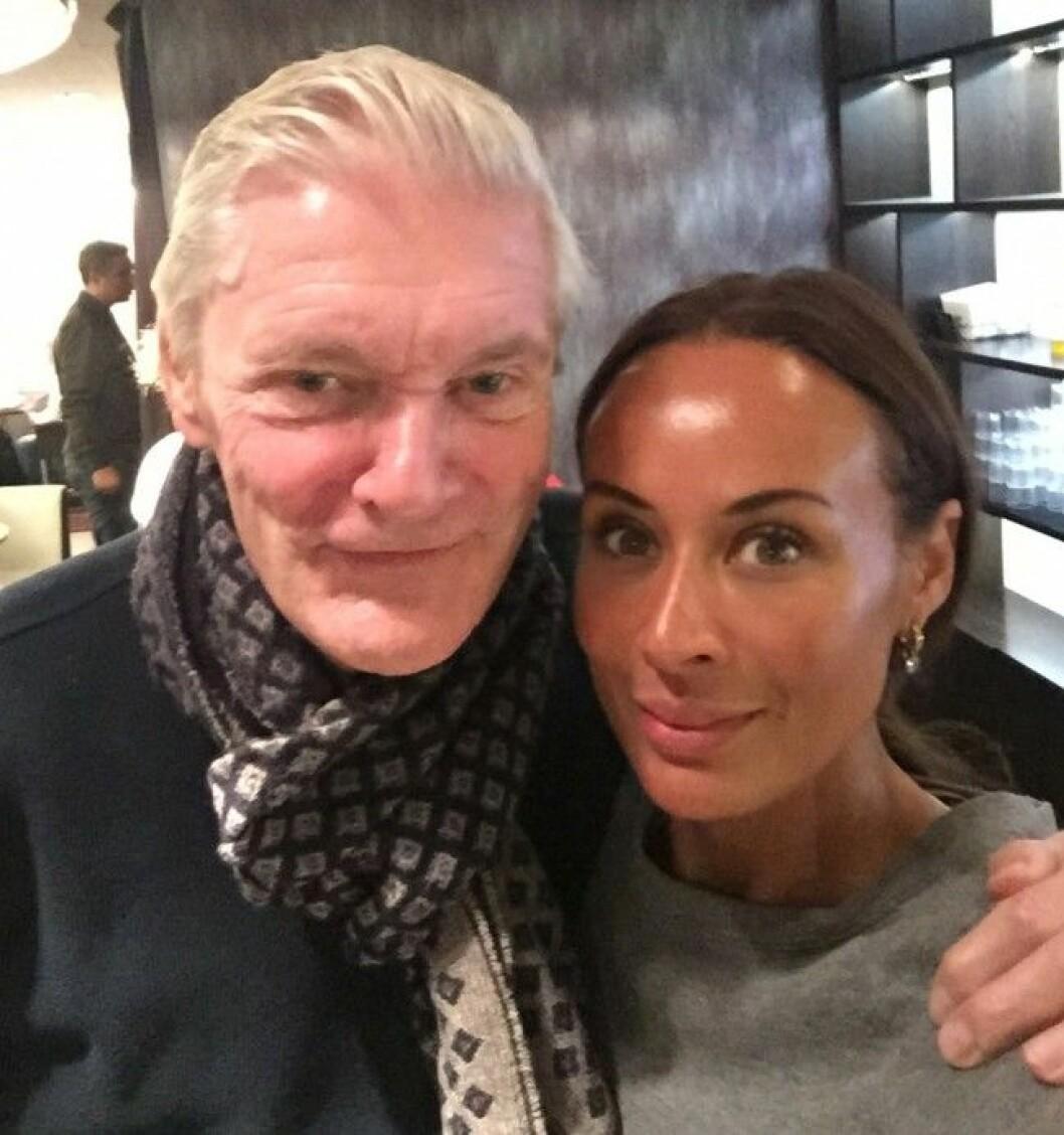 Hänts Lotta Gray tog en selfie med långskånken Claes Månsson.