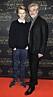 sonen Leon Eklund och Jakob Eklund på röda mattan