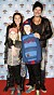Jakob Stadell med frun Lisa och barnen Leo och Zion.