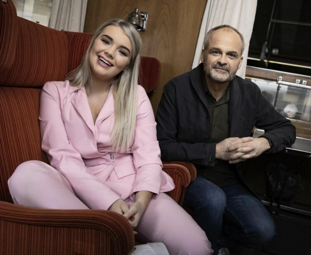 """Youtube-stjärnan och programledaren Kristina """"Keyyo"""" Petrushina reser till Ryssland med Johan Rheborg."""