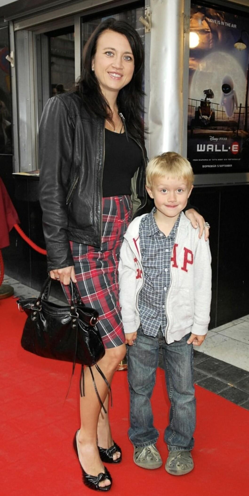 Camilla Läckberg och sonen wille