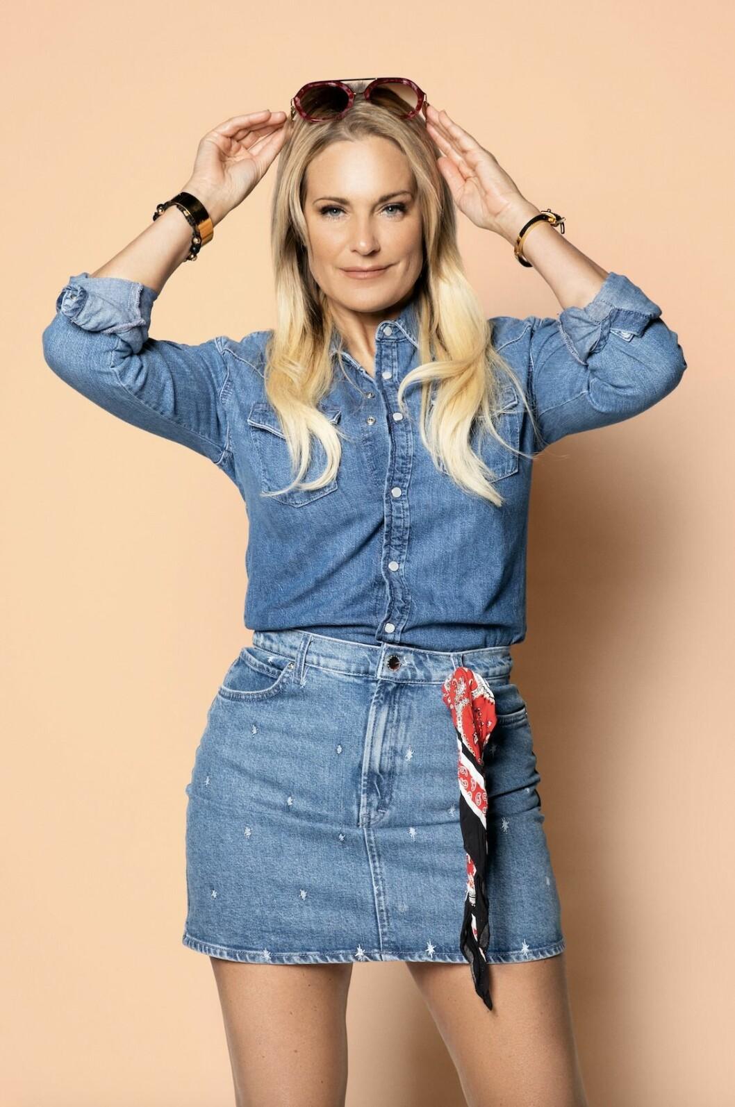 Laila Bagge i jeans, Lailaland