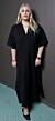 Michaela Hamilton i svart klänning