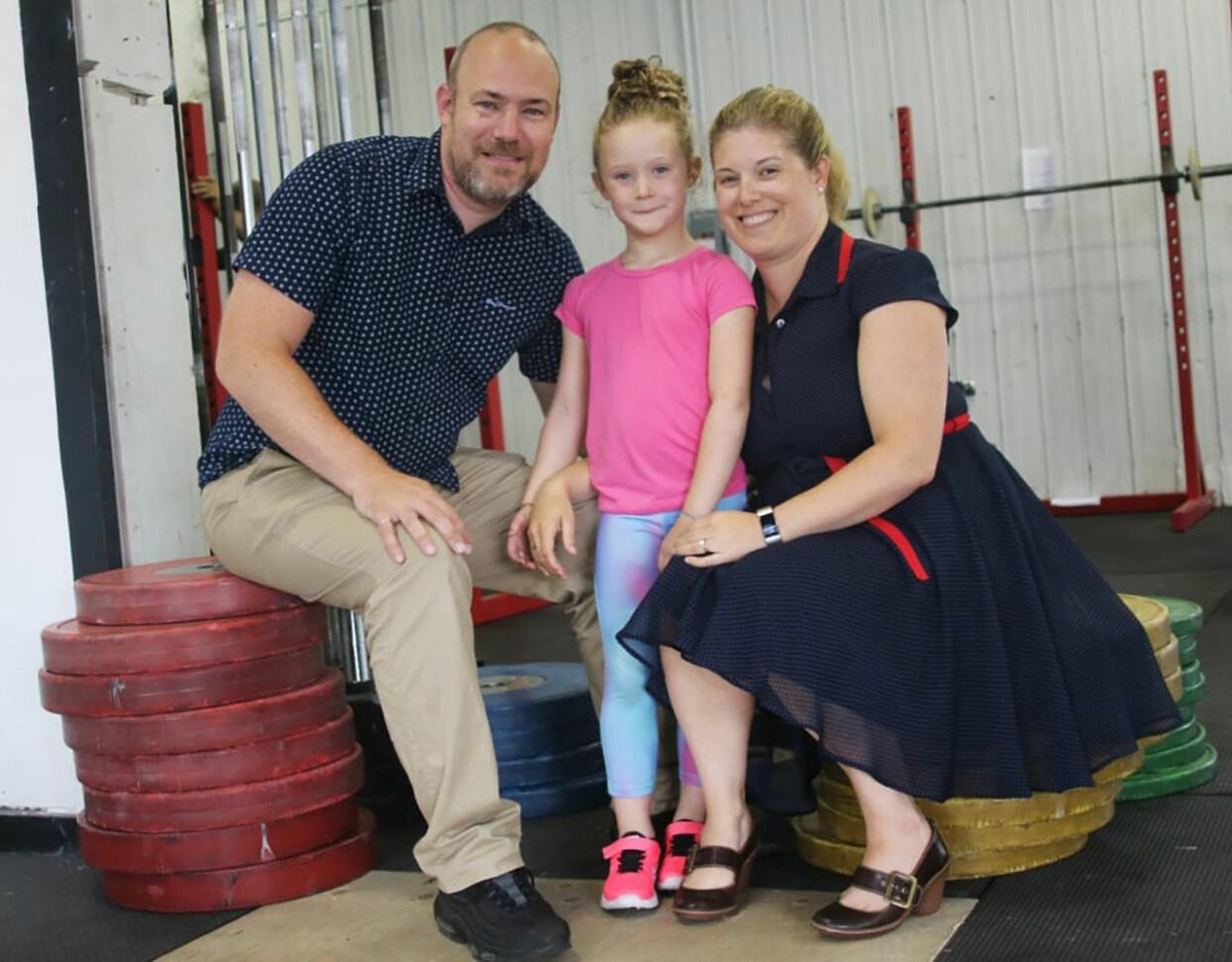 Roy van Ulft med föräldrarna Cavan och Lindsay.