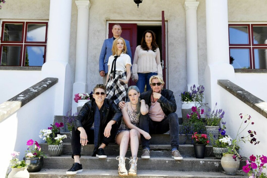 """Magnus Carlsson, Little Jinder - Josefine Jinder, Lisa Ekdahl, Jill Johnson, Danny Saucedoo och Tommy Nilsson är deltagarna i """"Så mycket bättre""""."""