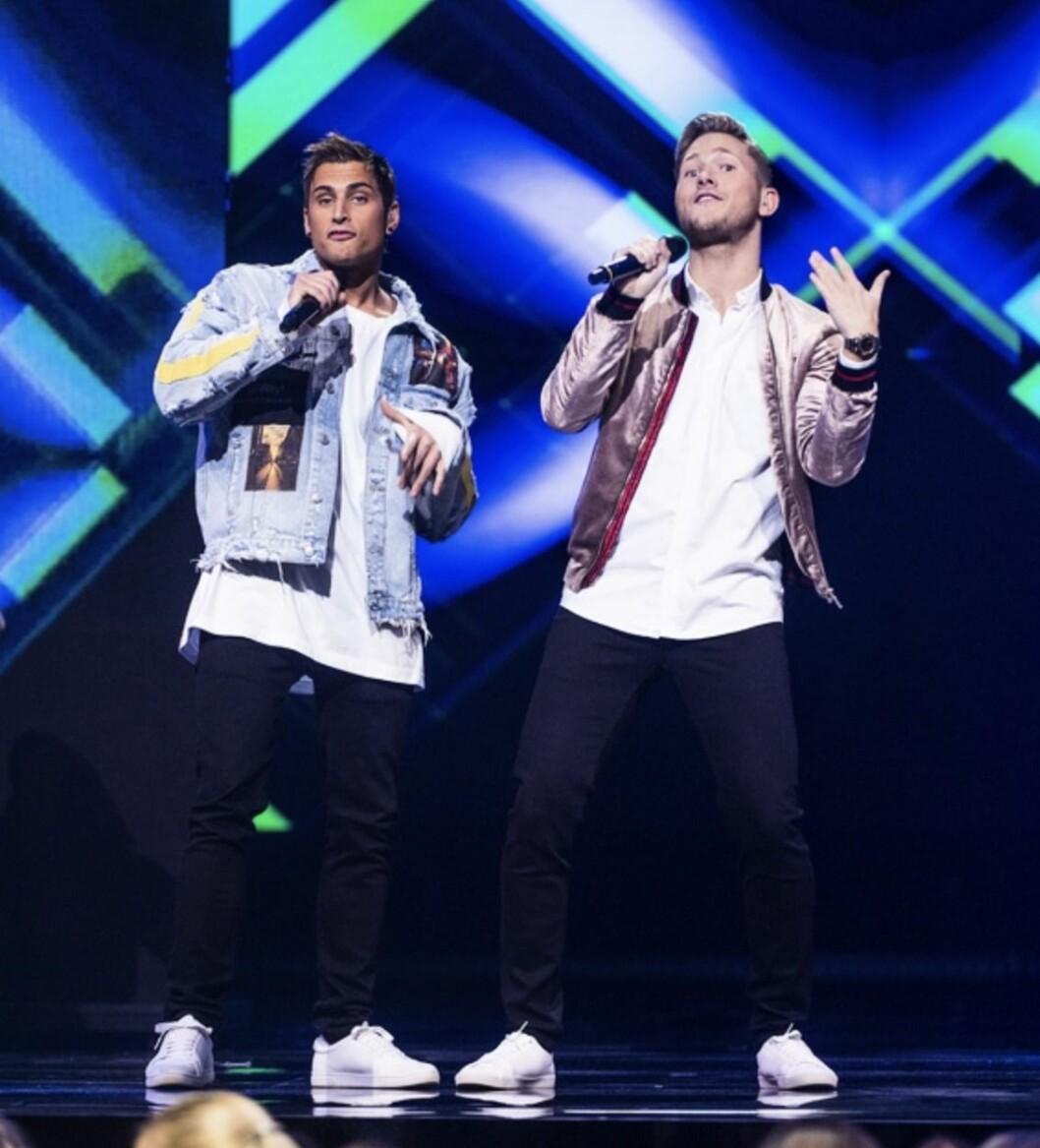 Samir och Viktor på scen
