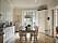 Bilder från köket på lägenheten där Vår tid är nu spelas in.