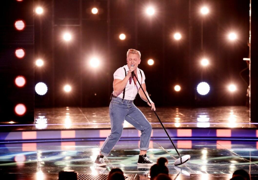 Gottfrid Krantz dansar på Idol-scenen