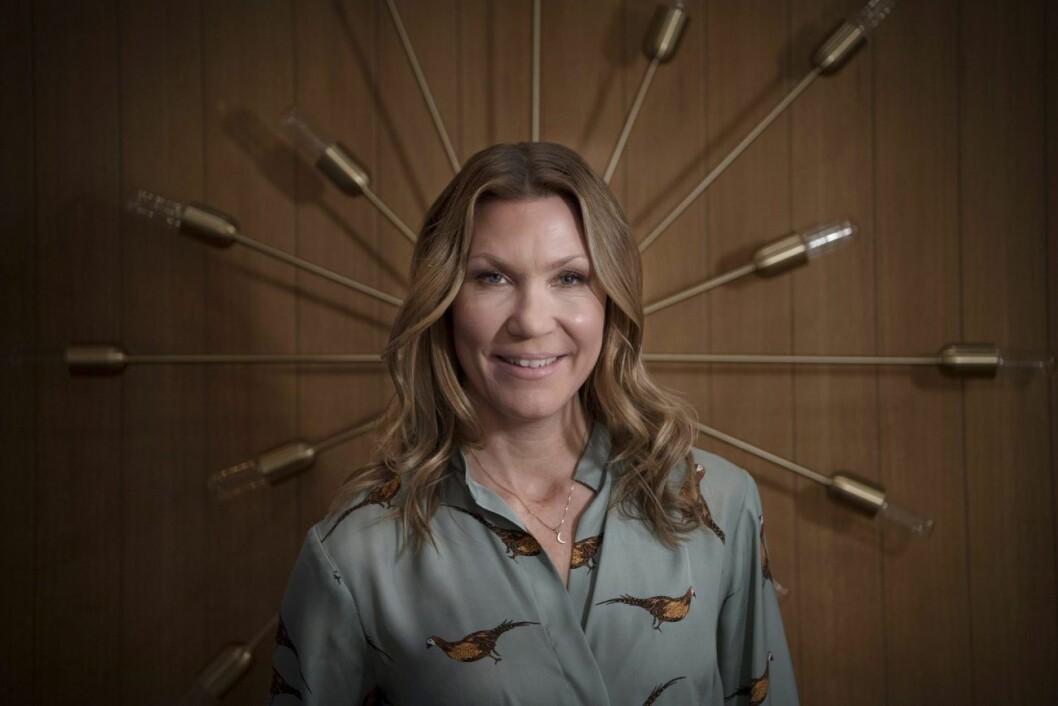 Jenny Alversjö har varit saknad av tv-tittarna –men nu är hon tillbaka.