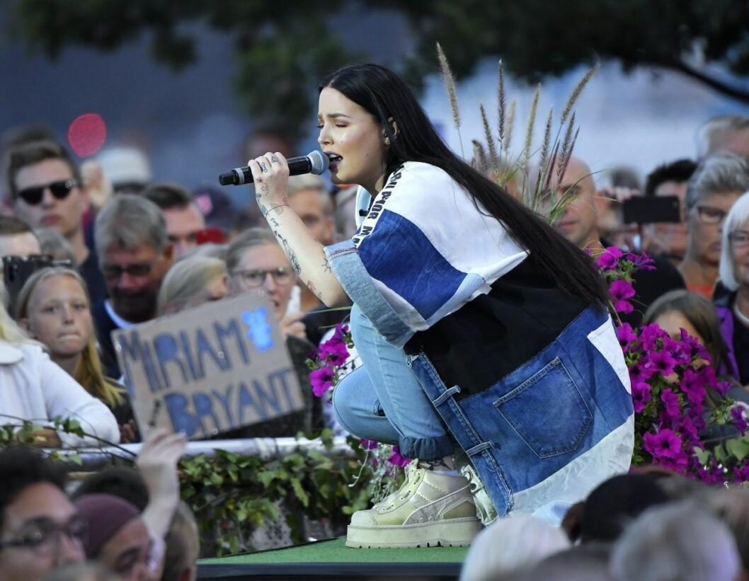 Miriam Bryant på Allsång på Skansen 2019