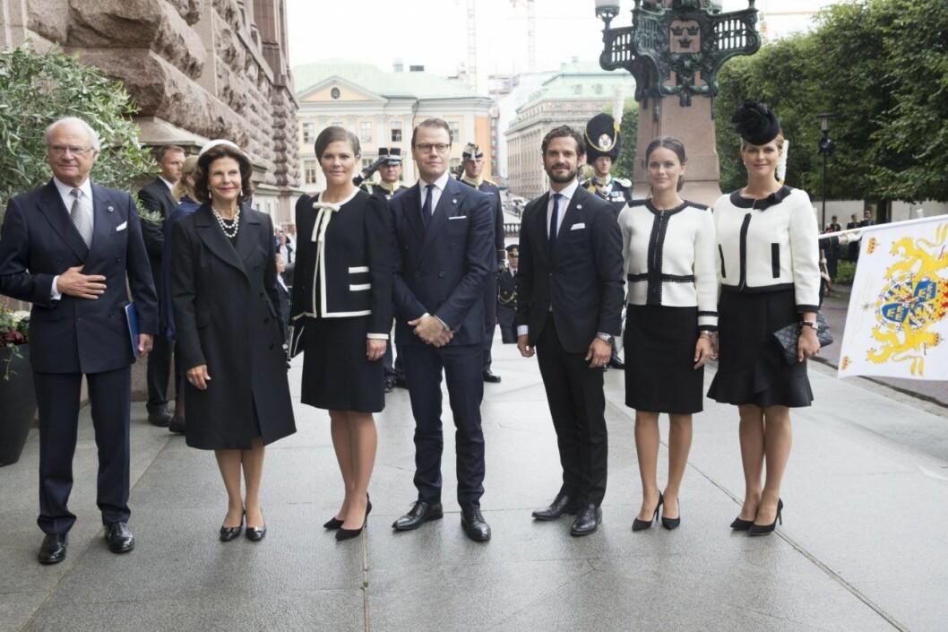 Prinsessan Madeleine och Sofias klädkrock på Riksdagens öppning 2015