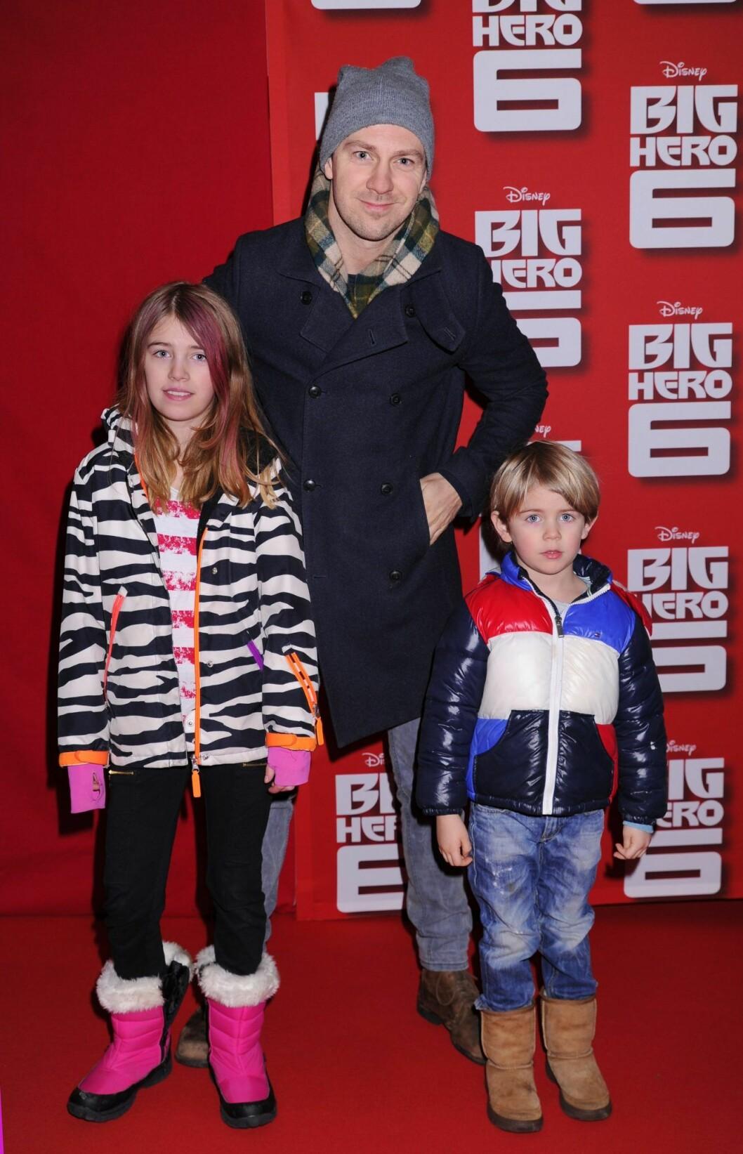 Linus Wahlgren med barnen Linn och Collin