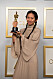 Chloé Zhao vinnare för bästa regi av filmen Nomadland