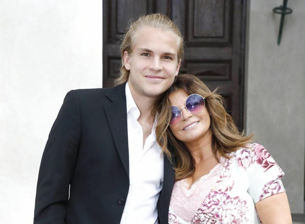 Amadeus Sögaard har fyllt 22 år –och firades storstilat av mamma Carola Häggkvist.