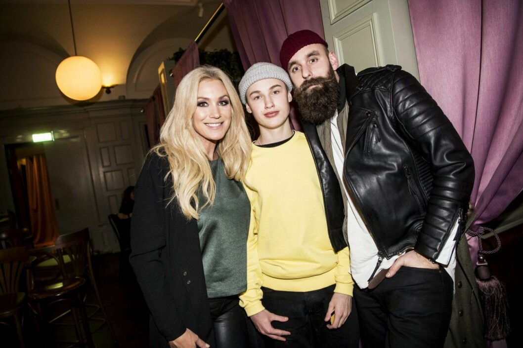 Liam tillsammans med Jessica Andersson.
