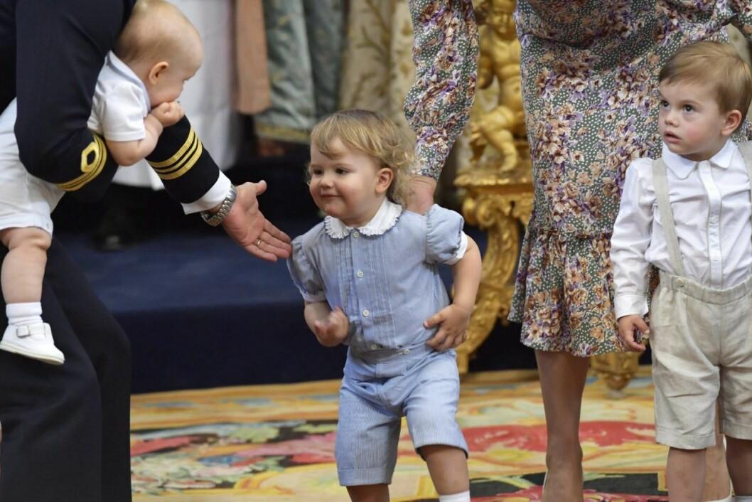 Stora olikheterna mellan Alexander och Gabriel – så är prinsarnas relation