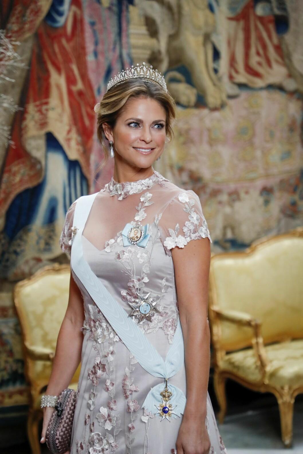 Prinsessan Madeleine på kungens Nobelmiddag 2019