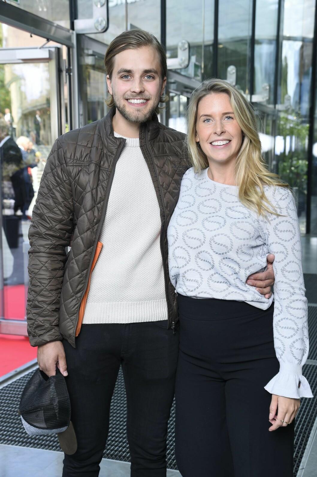 Det blev inget mellan Jenny Freed och Joacim Rickling – han är nu tillsammans med Caroline Kejbert.