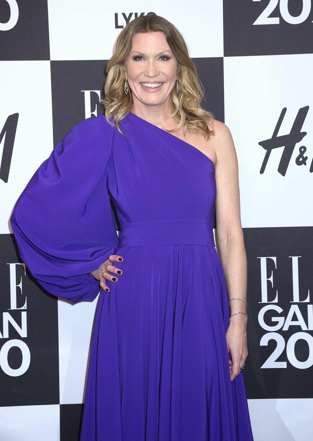Jenny Alversjö strålade i lila på Elle-galan i förra veckan.