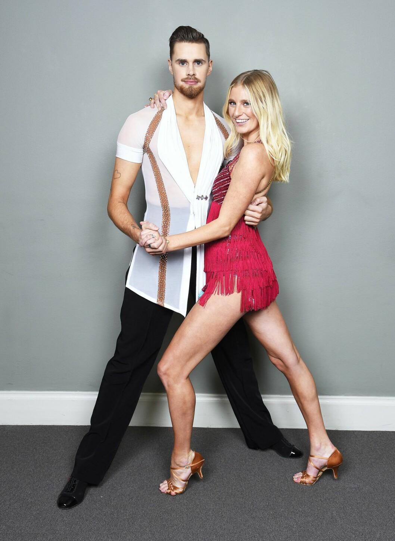 Penny Parnevik dansar med Jacob Persson i Let's Dance 2020