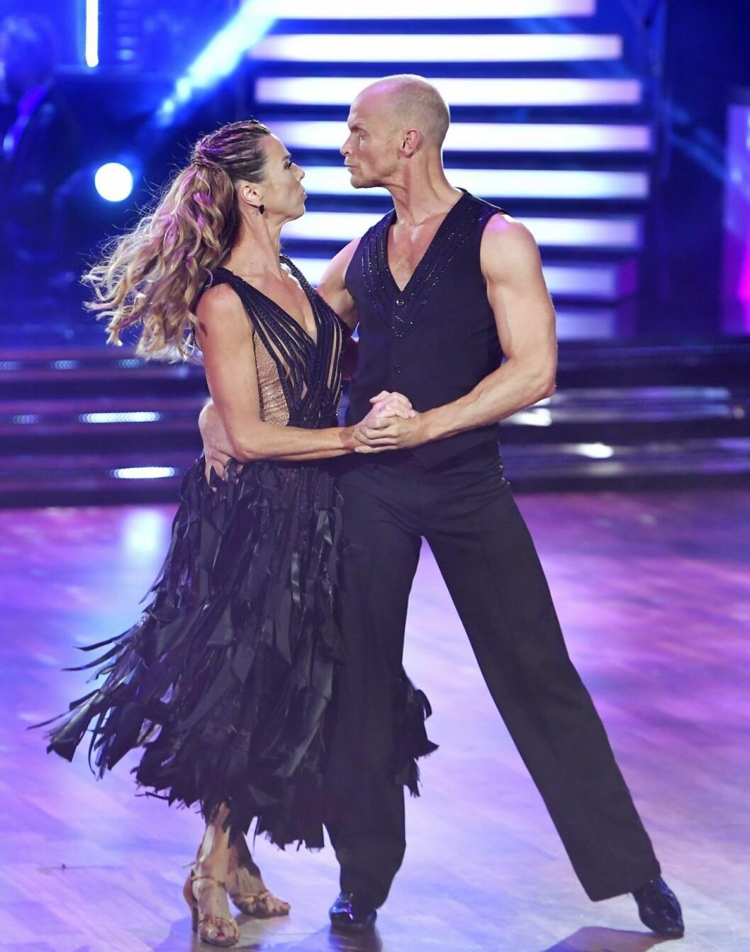 Förra året dansade skidskytten Magdalena Forsberg tillsammans med Tobias Karlsson i Let´s dance.