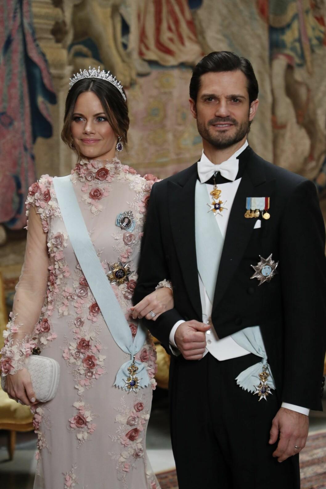 Prinsessan Sofia och prins Carl Philip på kungens Nobelmiddag 2019