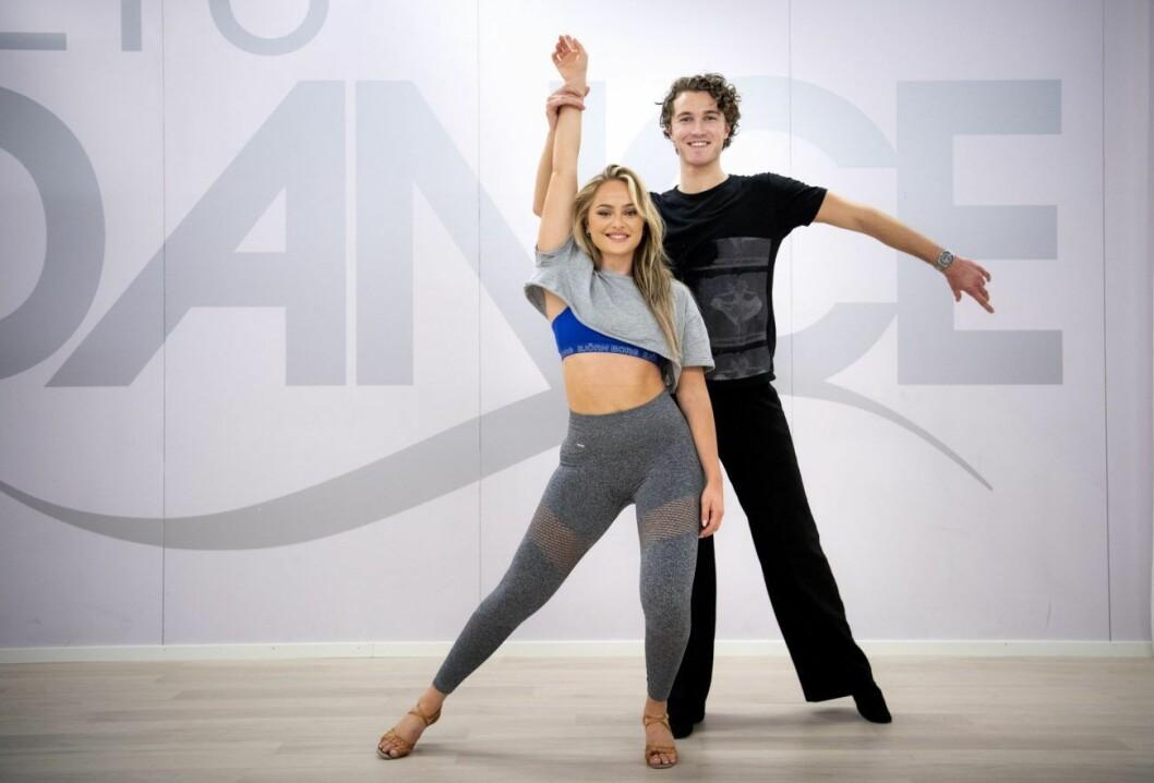 Alice Stenlöf tillsammans med sin danspartner Hugo Gustafsson.