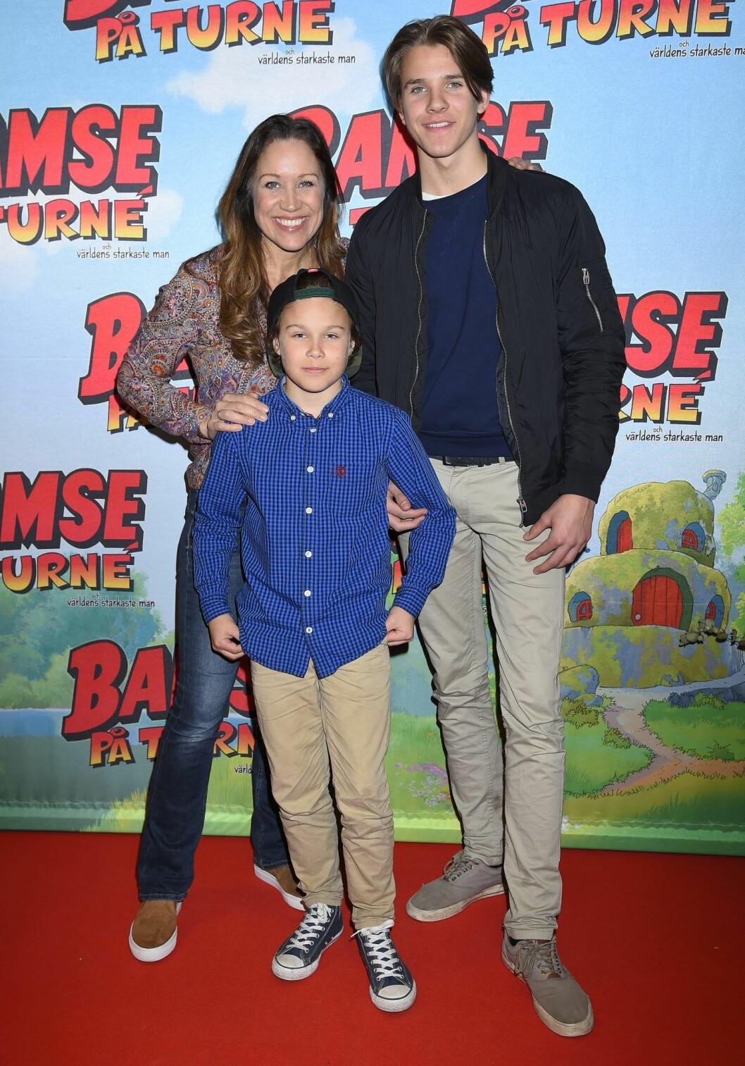 Renée med sönerna Tom och Leo