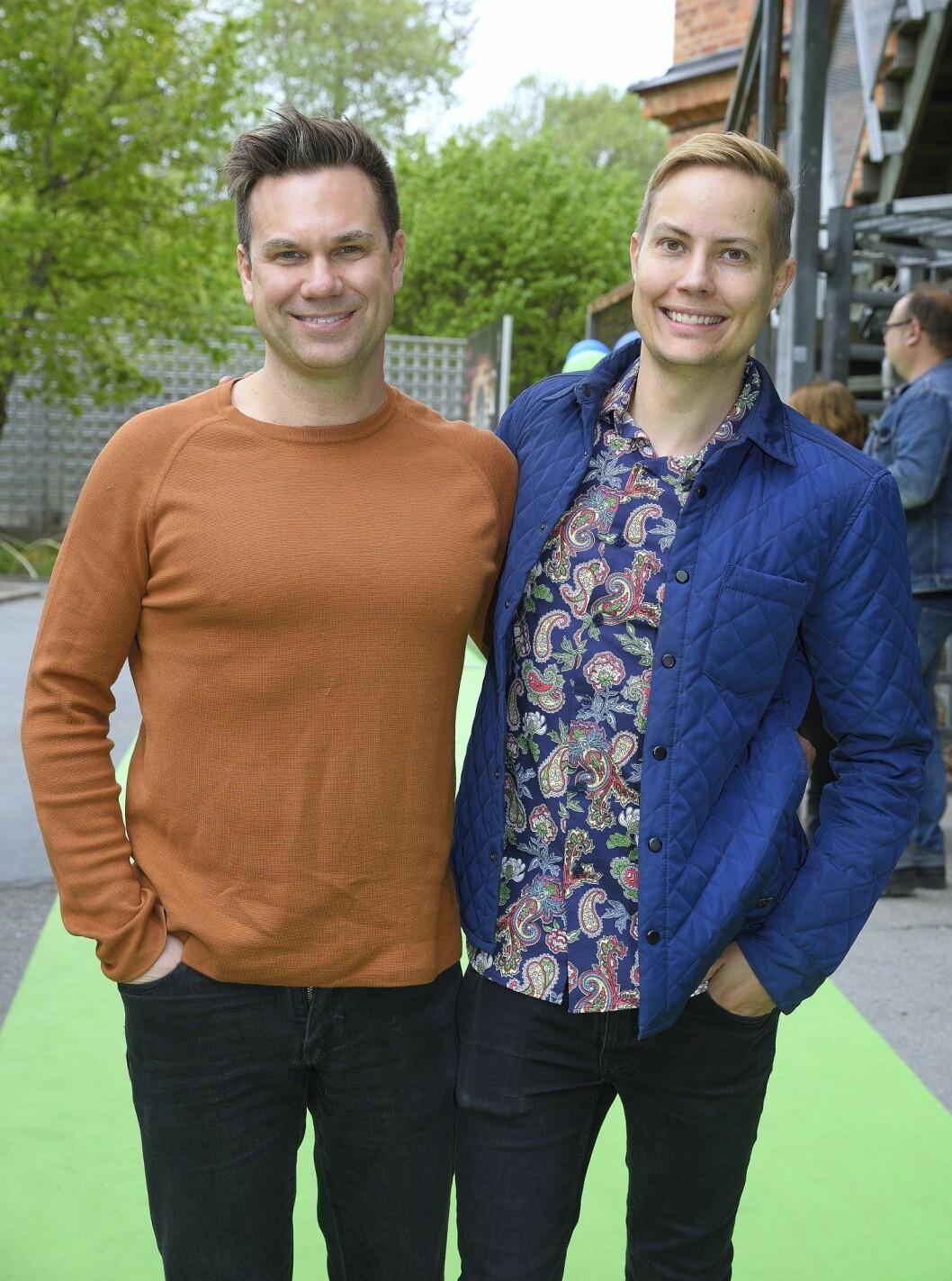 Äkta makarna Henrik Alsterdal och Anders Pihlblad syns ofta på röda mattan tillsammans.