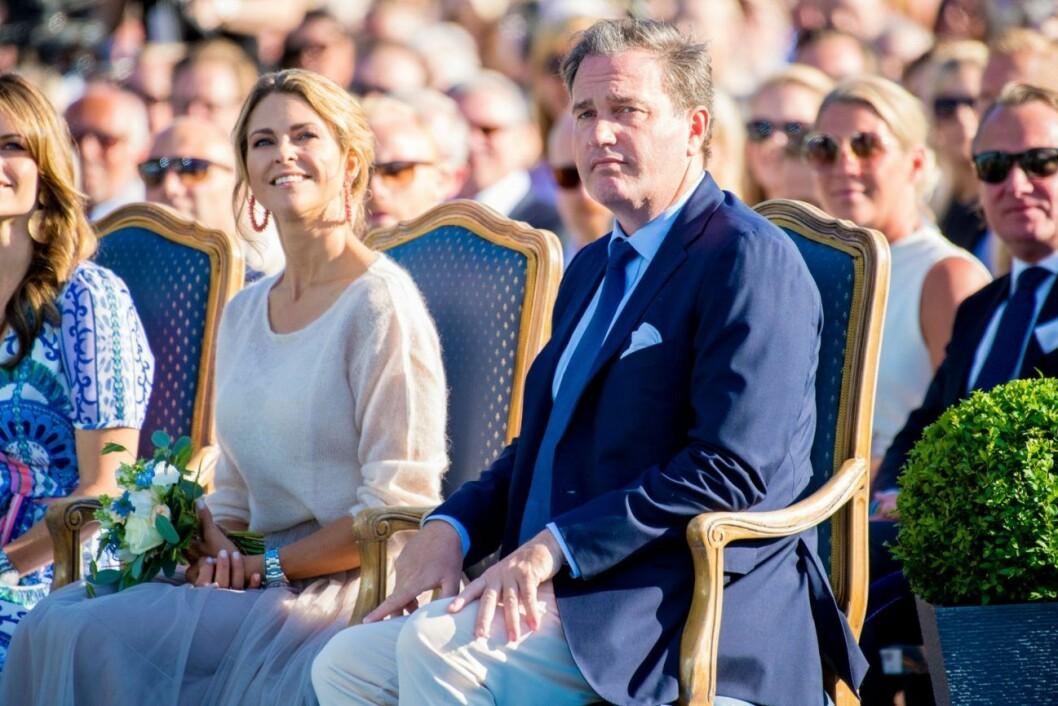 Chris O´Neill och prinsessan Madeleine gästade Sverige under Victoria-dagen förra sommaren.