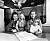 Musikern Sven-Erik Magnusson Sven-Ingvars, med maka Eva och barnen Johanna och Oscar.