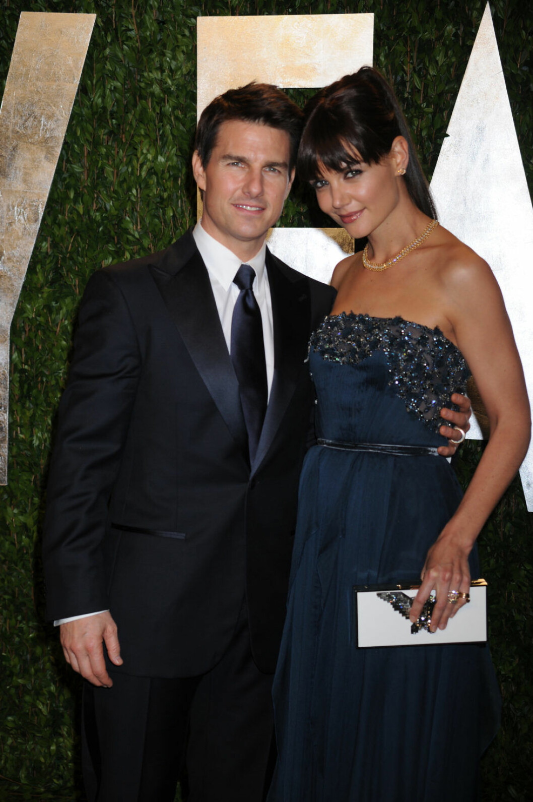 Tom Cruise and Katie Holmes attend the 2012 Vanity Fair Oscar Party hosted by Graydon Carter