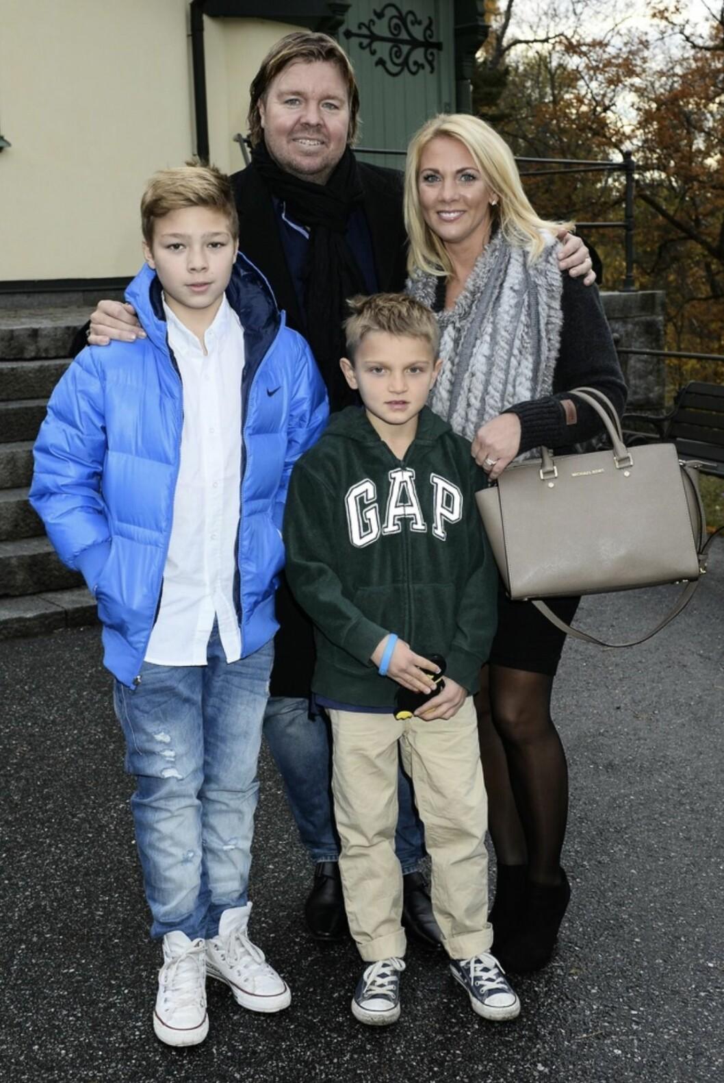 Tomas Brolin med sonen Sebastian och makan Marielle Larsson med sonen Rasmus Dopet av Charlotte Perrellis och Anders Jensens son Adrian Romeo Perrelli-Jensen i Djursholms kapell