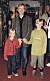 Johan Ulveson med barnen Max och Klara